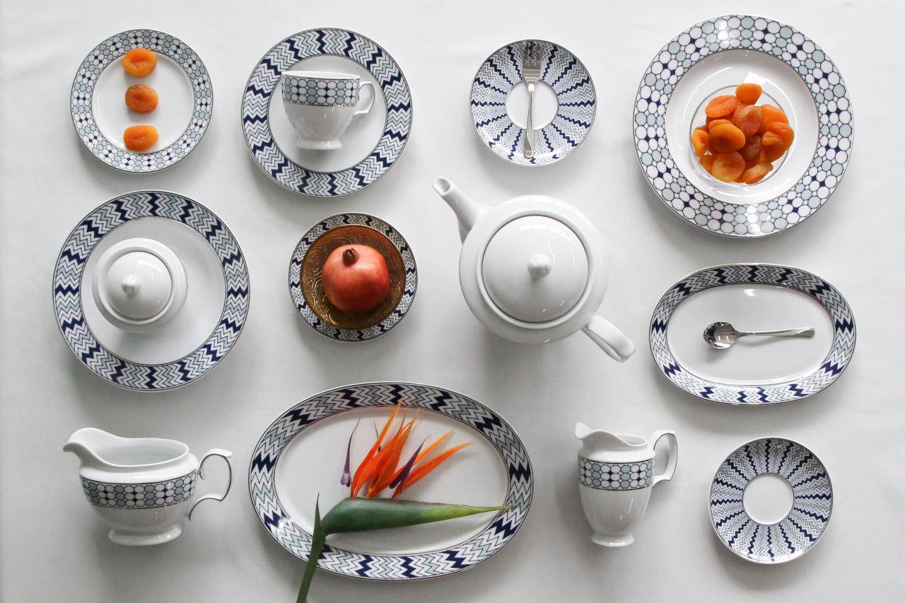 Łączenia gładkich fasonów porcelany z wzorzystymi to czysta przyjemność
