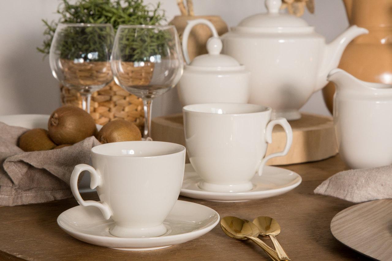 Porcelana kojarzy się z tradycyjnym polskim domem oraz celebrowaniem rodzinnych chwil