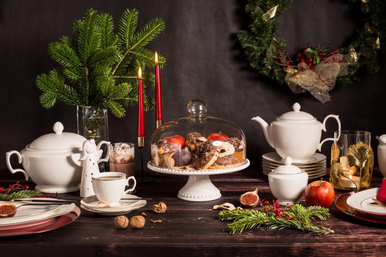 Aranżacja świąteczna z kolekcją MariaPaula Ecru Złota Linia w roli głównej